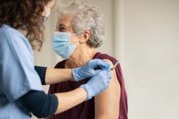 Older lady getting covid vaccine